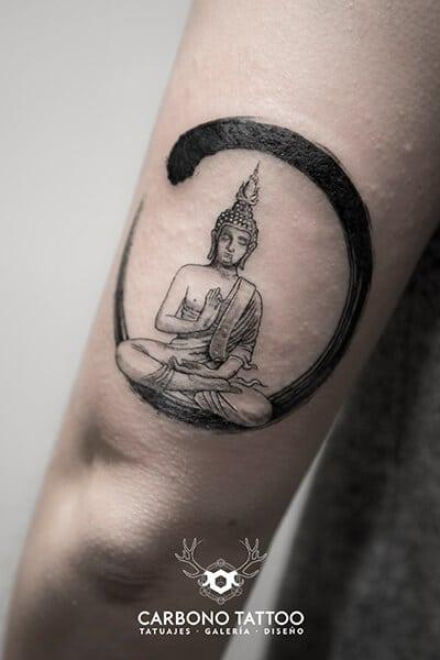 tatuaje-blanco-y-negro (1)